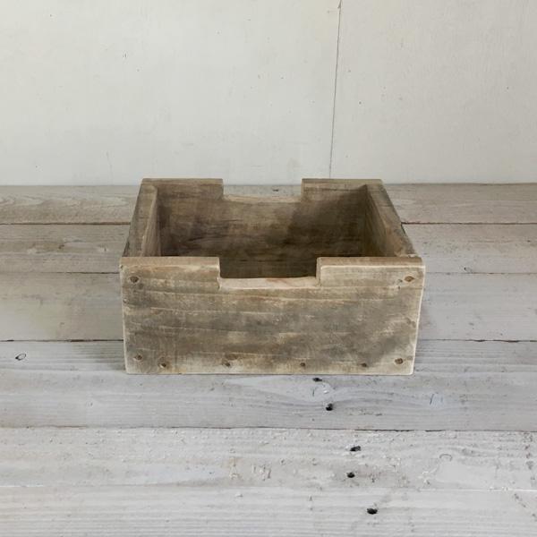 ブロックみないたデザインがかわいいボックス リサイクルウッドでハンドメイドしました蜜蝋ワックスで仕上げたアンティークな風合いが魅力 商舗 ランキングTOP5 リサイクルウッド ブロックボックスS木製箱 木製ボックス 木製BOX 収納箱 収納ケース 収納ボックス アンティーク風BOX 無垢 収納BOX ウッドボックス アンティーク風ボックス