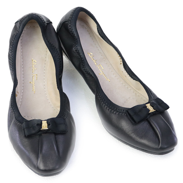 サルヴァトーレ フェラガモ Salvatore Ferragamo 靴 レディース リボン バレリーナシューズ フラットシューズ パンプス ブラック (MY JOY 0709571 NERO)