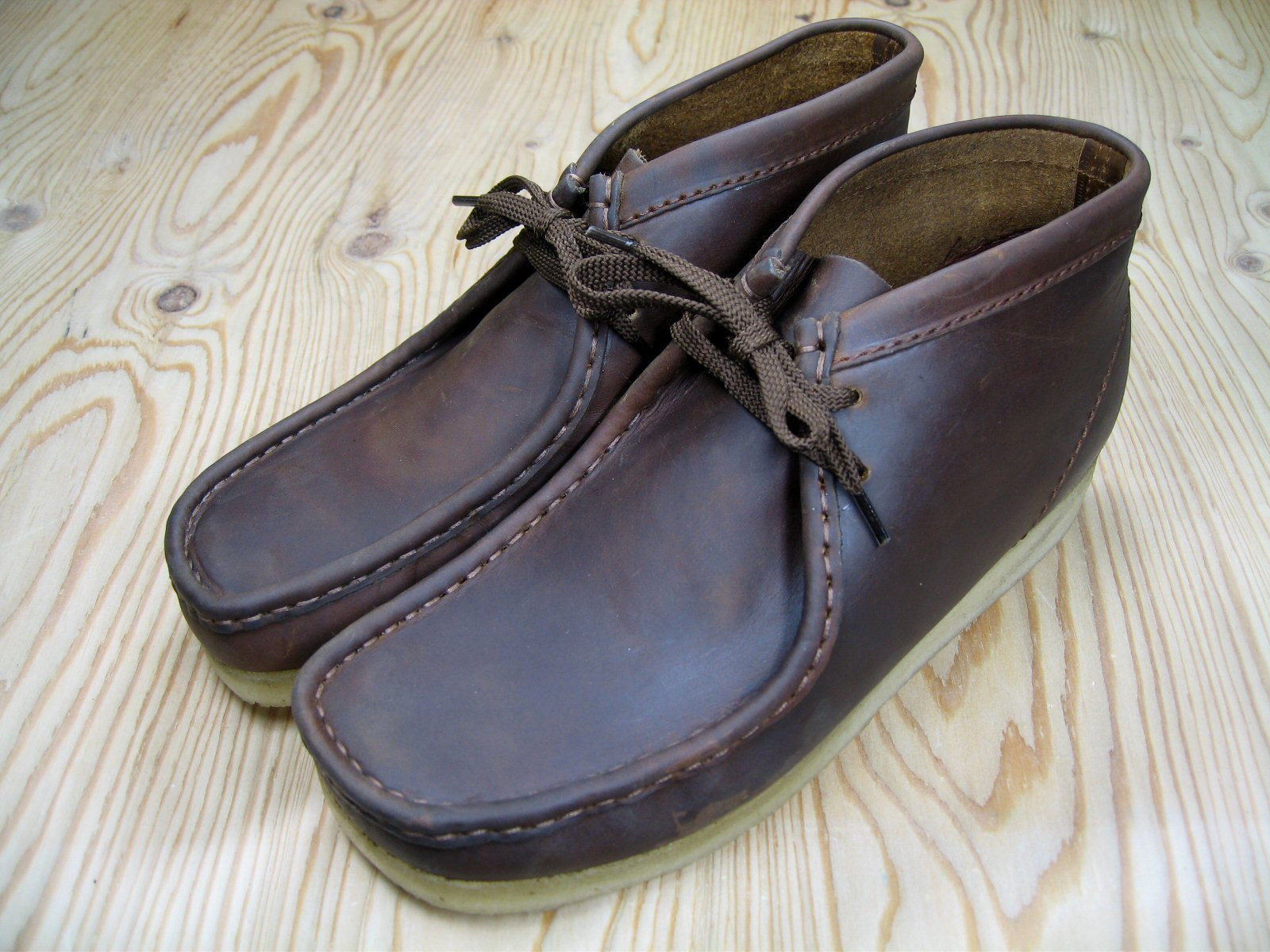 CLARKS WALLABEE BOOT BEESWAX