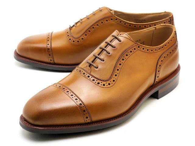 トリッカーズのクラシックな雰囲気漂うオックスフォードブローグシューズ トリッカーズ ベルグレイブ メンズ 激安 ブローグ シューズ ダブルレザーソール イングランド製 Tricker's 6143 Belgrave Double IN Sole Town MADE Burnished Leather 1001 ENGLAND 価格 Shoe