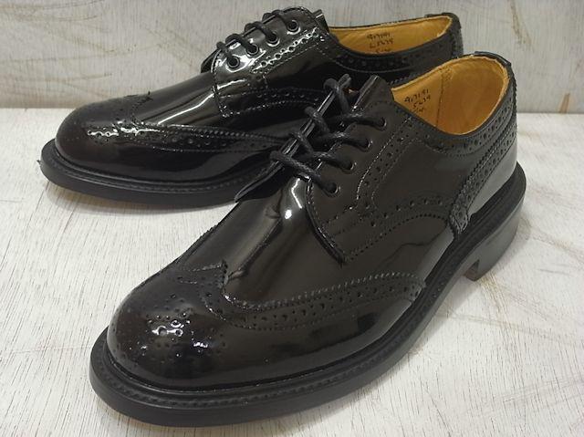トリッカーズ バートン レディース カントリーブーツ ウィングチップ ブラックパテント ベージュ レディース ブーツ Tricker's L5679 Brogue Shoe Black Patent Beige