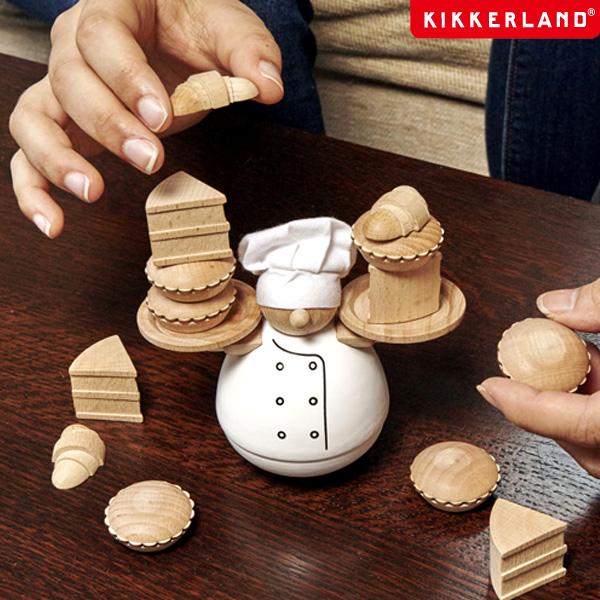 バランスゲーム スタッキングゲーム 木製トイ 木製おもちゃ パーティーグッズ kikkerland ゲーム Baker 2020A W新作送料無料 KIKKERLAND 新品 バランスザベイカー キッカーランド The Balance