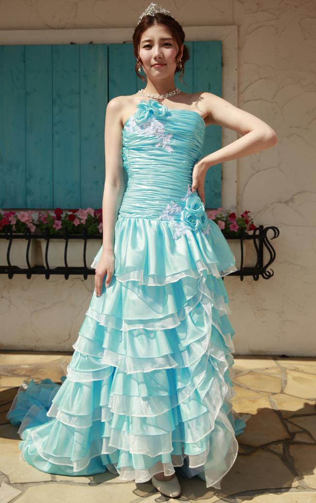 【翌日配送可能】カラードレス,水色,マーメイドライン,5号,7号,9号,11号,13号,15号,17号,品よく甘さを引き出したエレガントな一着。ボリュームたっぷりのスカートはトレーンも長くてバックスタイルも完璧。お色直し、二次会用ドレスとしてお勧めです。