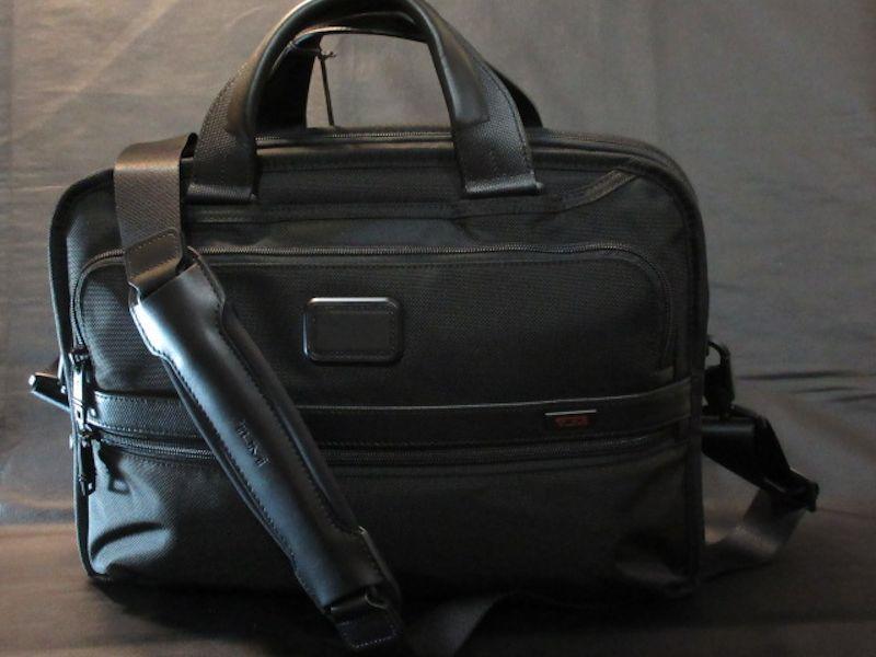本物正規■TUMI トゥミ■3層ブリーフケース ALPHA2 Triple Compartment■黒■新品■アルファ