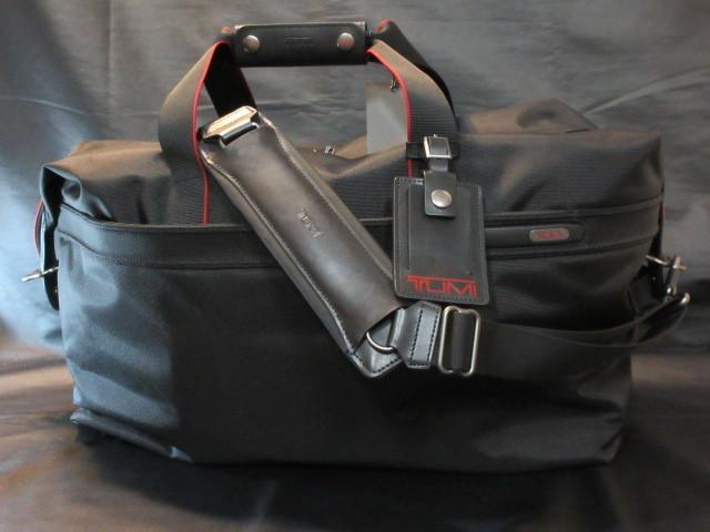 本物正規■TUMI トゥミ■2wayボストンバッグ レザー SoftSatchel黒赤■新品