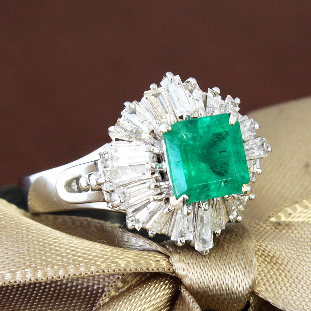 【鑑別書付】0.9ct エメラルド 0.9ct ダイヤモンド Pt900リング 指輪 5月誕生石 【コンビニ受取対応商品】
