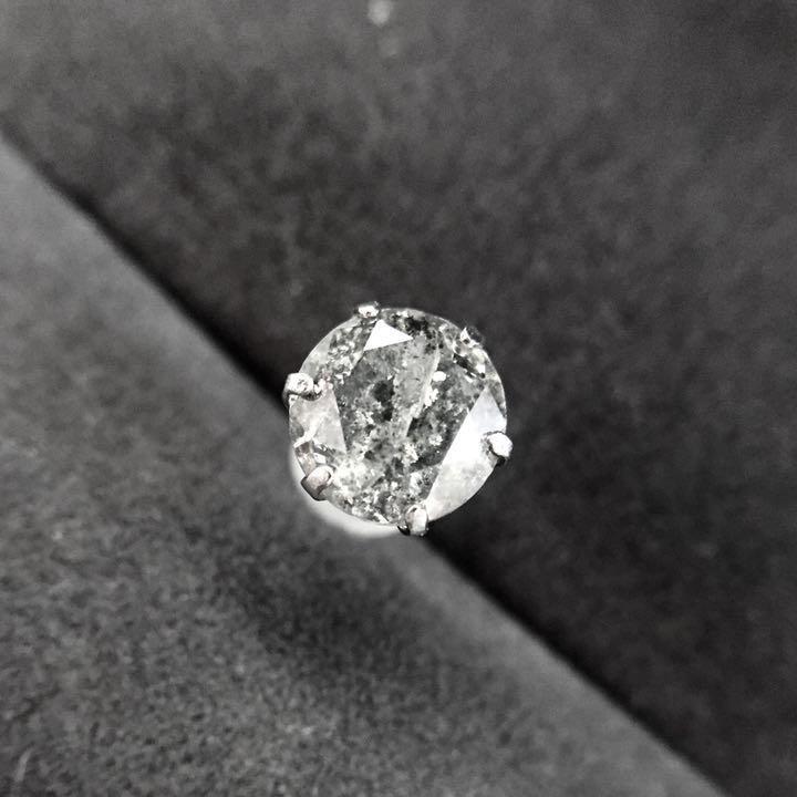 【鑑定書付】 1ct ライトグレー ダイヤモンド プラチナ Pt900 片耳 スタッド ピアス 4月誕生石 //
