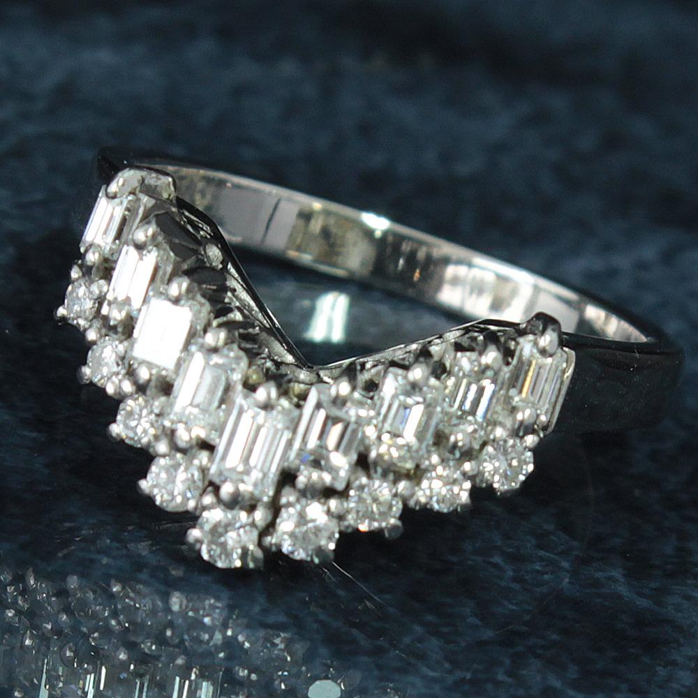【鑑別書付】0.5ct 無色 ダイヤモンド Pt900 プラチナ V字 リング 指輪 4月誕生石//