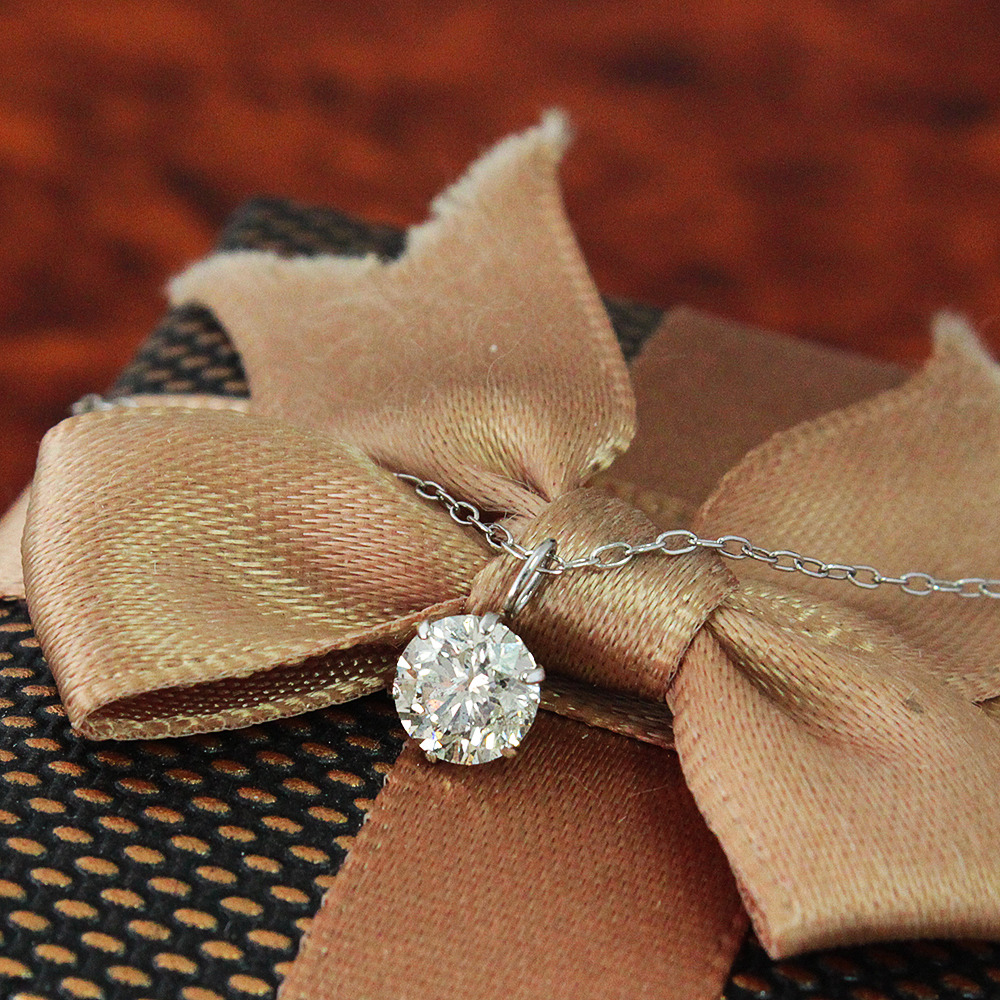 【鑑別書付】0.5ct ダイヤモンド Pt900 プラチナ ペンダント ネックレス 4月誕生石