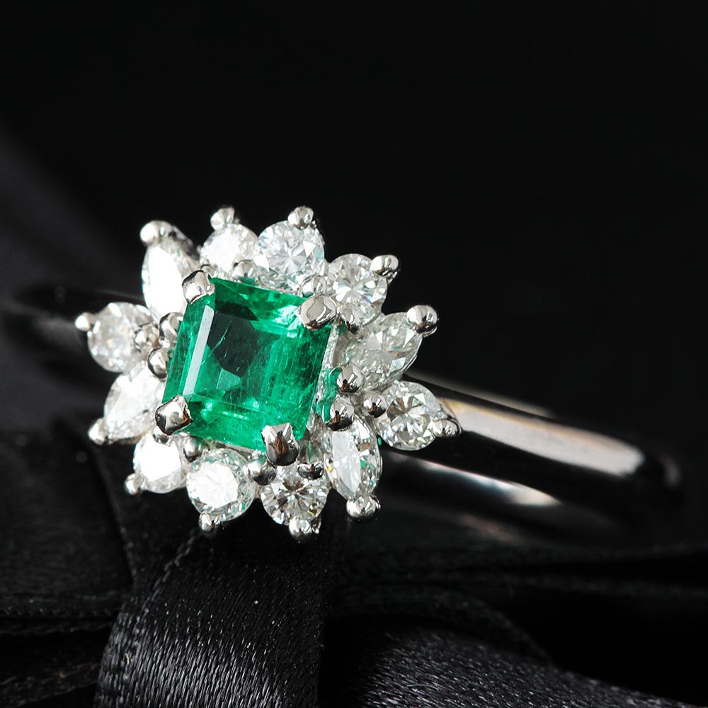 【鑑別書付】 0.3ct エメラルド 0.3ct ダイヤモンド Pt900 プラチナ リング指輪 5月誕生石 【コンビニ受取対応商品】