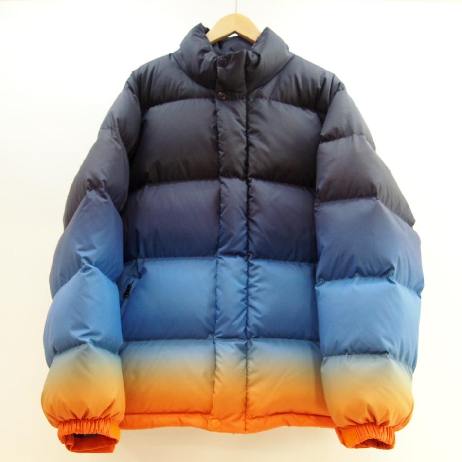 Suprme (シュプリーム) Gradient Puffy Jacket グラデーションダウンジャケット サイズ:M カラー:マルチ【中古】【ストリート】【鈴鹿 併売品】【126-180319-02OS】