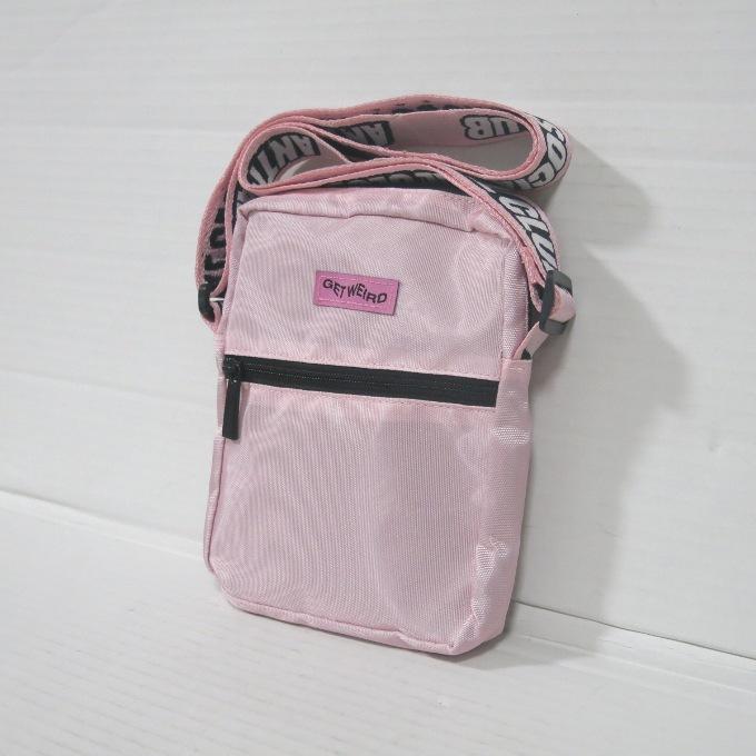 Anti Social Social Club Pink Side Bag アンチソーシャルソーシャルクラブ ピンク サイドバッグ ピンク【中古】【カバン】【四日市 併売品】【137-181017-01USH】