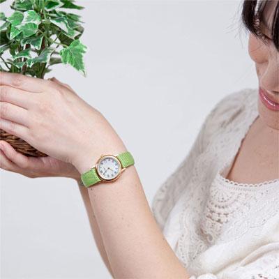 能选女子的手表/法国制造/包、/皮带!Pierre Lannier pieruraniemazaobuparuraundootchi(黄金)