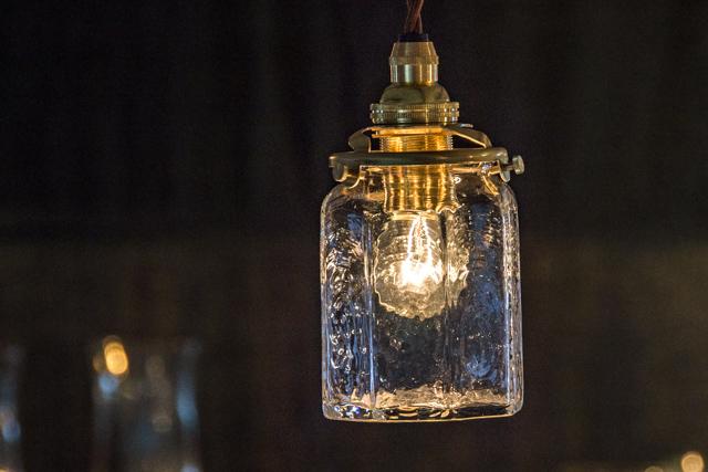 安土草多 吹きガラス ペンダントライト 八角筒瓶 az-l06 ランプシェード ダイニング 作家物 北欧、アンティーク、レトロ調のお部屋にも