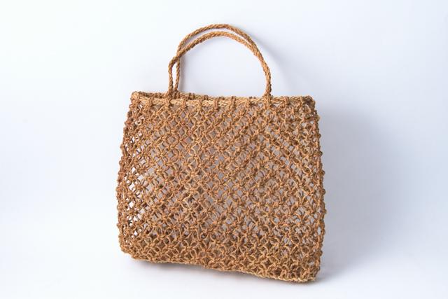 シナ縄のすかし編み 手提げバッグ