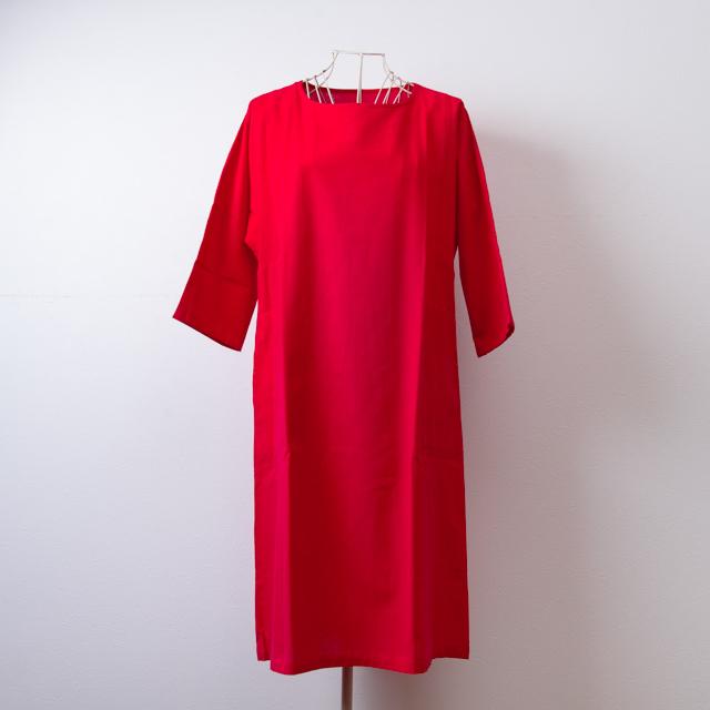 うなぎの寝床 久留米絣のワンピース 無地 レッド 洋服