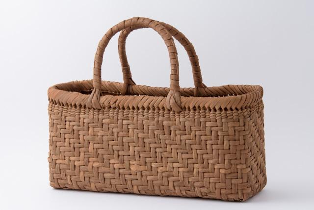 山葡萄 かごバッグ 国産 日本製 網代編み 手提げロータイプ 籠バッグ 上カバー、内布、ポケット付 手編み