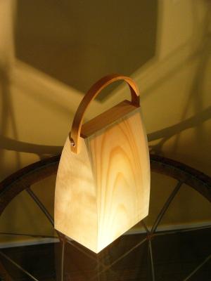 フレイムス/テーブルライト/ゆらぎ効果で優しいデザイン/天然木の光るバッグ/あかりバッグ/akari bag/DS-016/