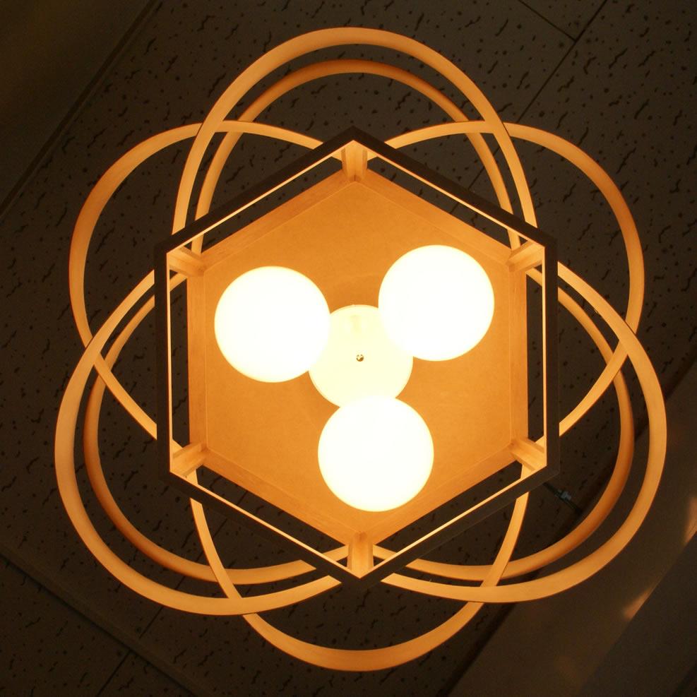電球プレゼント中 木流 木製 照明 ペンダントライト 木目のラインが美しい KIRYUU 180W DP-044 LED対応 木流ウェーブ 和室 和風 北欧 ナチュラル リビング ダイニング 寝室 照明 おしゃれ インテリア照明 きりゅう もくりゅう フレイムス