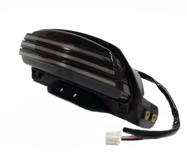 ハーフスモーク トリバー 06以降 トライバー ソフテイル用 LED ハーレー テールライト TRIBAR 69817-07A同等品 ボブフェンダー CVO