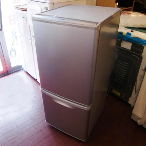 [二手货]松下非氟利昂冷冻冷藏库2009年制造(NR-B141W-S)