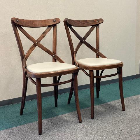 中古 モデルルーム展示品 トンダイニングチェア2脚セットアンティーク風曲げ木家具 TON 商品追加値下げ在庫復活 即日出荷
