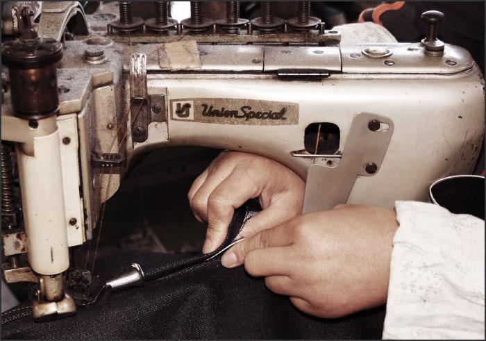 儿岛牛仔裤(KOJIMA GENES)29oz serubitchidenimujinzu[RNB-125]超极厚! 29盎司粗斜纹布(日本制造/冈山/儿岛/G面包/骑摩托车的人/糖果舵/KOJIMA JEANS/RNB125)
