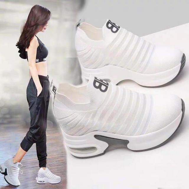 セレブ・モデルも愛用脚長効果大流行  ★ソール高さ約9cm 厚底スニーカー  レディース 靴 運動靴
