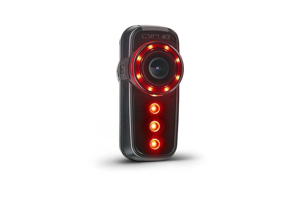 Fly6[v]CE HDリヤ バイク スポーツアクションカメラ & 100ルーメンテールライト ドライブレコーダー [Cycliq日本正式代理店]