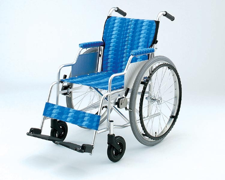 アルミ自走用車いす アームサポートデスク型/ NA-426AD  【日進医療器】【smtb-s】【介護用品】【05P06Aug16】