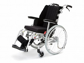 DERRARE(でら~れ)II/カナヤママシナリー 歩行関連商品 車いす(本体) 自走型 介護用品