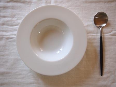 ~おしゃれなスープボウル 白い食器 メーカー直送 美濃焼 ~ 授与 シンプル スープボウル 22cm 人気スープ皿 カフェ レストラン fucca お家カフェ インスタグラム スープカップ SALE インスタグラマー