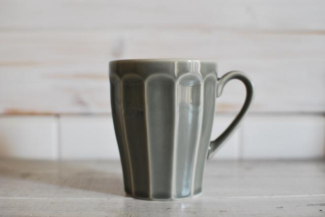 ~人気洋食器 おしゃれなマグカップ 新色♪~ カフェ食器 グレー マグカップ【今月のSALE/fuccaお値打ち価格 】