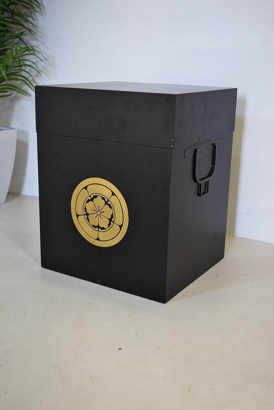 家紋入り木箱 ブラック 展示品 K1.12.20.1.1-3.Y.R(A)