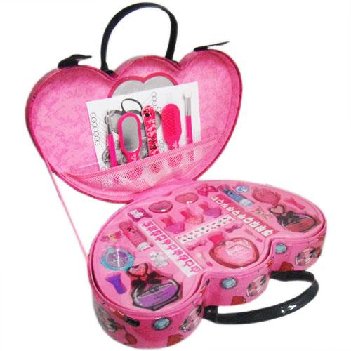 Barbie Fashionista Beauty Case时尚大咖美情况3569日元
