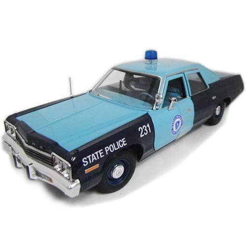 1974 Dodge Monaco massachusetts State Police 1/18 auto world 13797円【ダッジ モナコ マサチューセッツ州警察 パトカー オートワールド ミニカー ダイキャストカー アメ車 クラシック アメリカンポリス】【151028】【コンビニ受取対応商品】