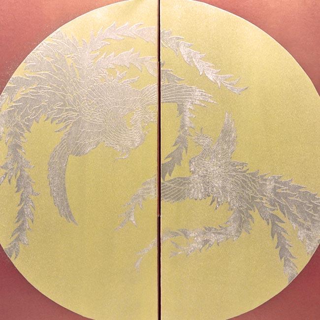 藤田人形店オリジナル鎧平飾り『飛翔鷹厚金飾り胴丸鎧金月鳳凰柄二曲本装屏風』
