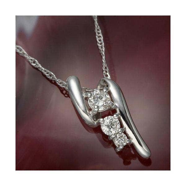 K18WG(ホワイトゴールド)ダイヤモンドデザインペンダント【代引不可】【北海道・沖縄・離島配送不可】