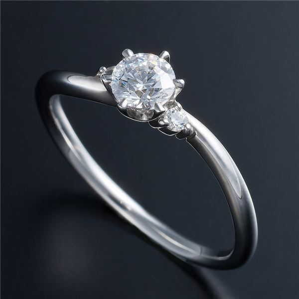 【送料無料】Dカラー・VVS2・EX Pt0.3ct ダイヤリング 両側ダイヤモンド(鑑定書付き) 7号【代引不可】
