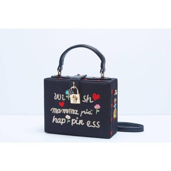 パーティーバッグにも使える刺繍で描いたボックス型のハンドバッグ/レター【代引不可】