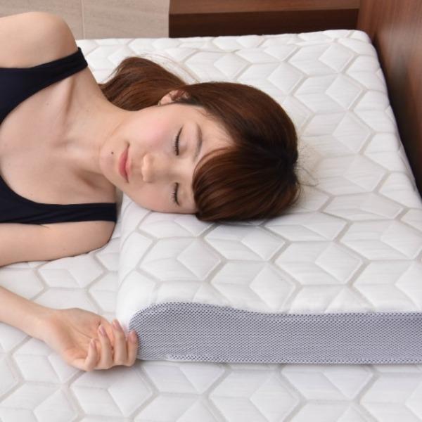 【送料無料】キメ細かい人肌感触 優しくサポート 快眠枕 ファセットピロー 日本製  【代引不可】