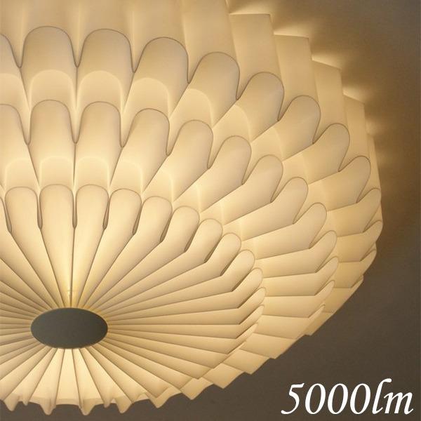 【送料無料】シーリングライト(照明器具) LEDタイプ/5000ルーメン 自然光色 花モチーフ ヨーロッパ調 〔リビング照明/ダイニング照明〕〔電球付き〕【代引不可】