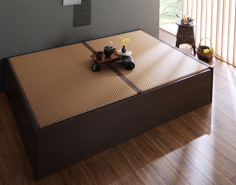 【送料無料】〔組立設置料込み〕日本製 布団が収納できる 大容量収納 連結畳ベッド 〔ベッドフレームのみ・敷布団なし〕 美草畳 ダブル 〔フレーム色〕ダークブラウン 〔畳色〕グリーン【代引不可】