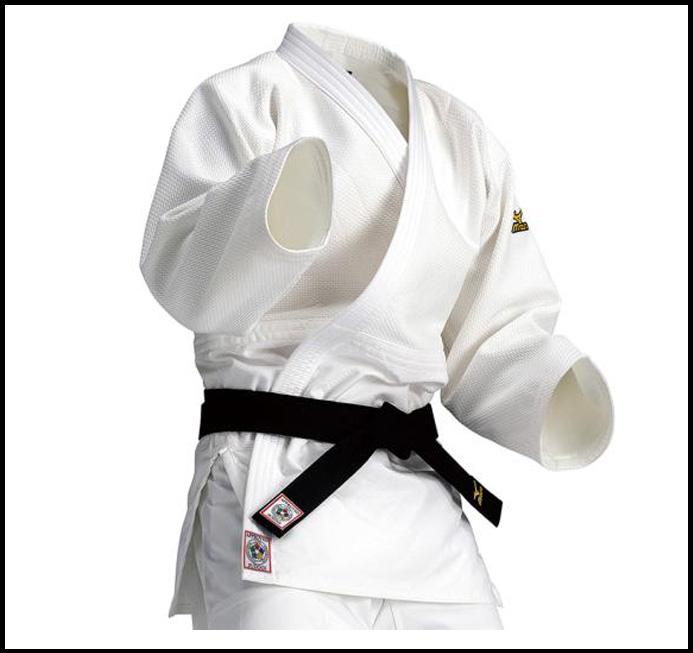 <ミズノ>【全柔連・IJF新規格基準モデル】柔道衣(優勝/上衣)  22JM5A1501