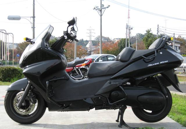 普通自動二輪車オートマチック免許(土日倶楽部プラン・卒業まで一括予約)【既に普通自動車免許を所持している方】 《新鶴見ドライビングスクール》