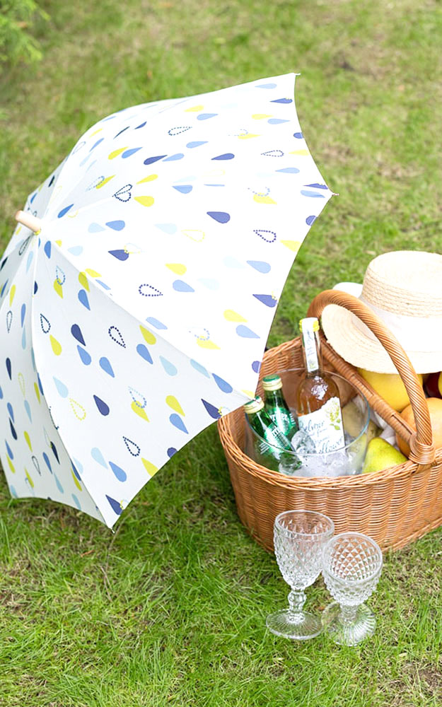 764c742fa4b68 With a favorite parasol like oneself, smiles overflow carelessly; go out. I  send an item getting used to being active with fresh in summer sunlight.