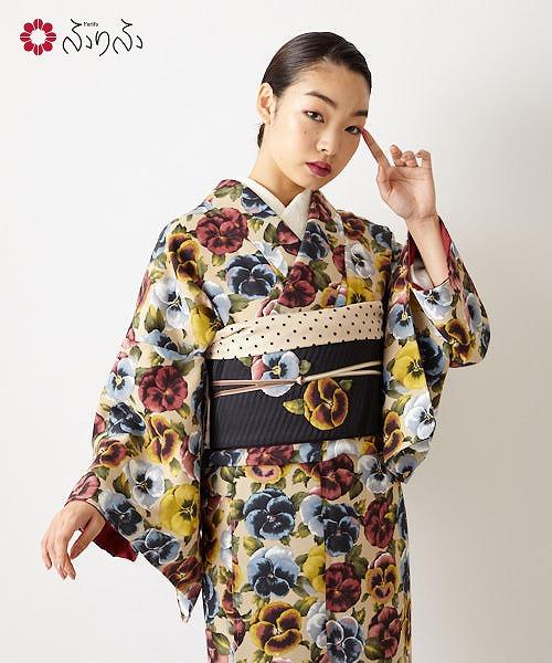 小紋「パンジー」<br>小紋 ふりふオリジナル レディース 小紋 きもの kimono 和柄 花柄 和風 結婚式 入学式 卒業式 パーティー 2次会 仕立て上がり プレタ フリーサイズ レトロ モダン 和色 パンジー 大正ロマン