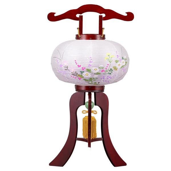 お盆には、故人を偲んで盆提灯を飾りましょう。 \ポイント増量お得クーポン/ 盆提灯 絹張行灯 ミニ行灯 桜二重張 萩の舞 8号木製・風鎮付・電気式