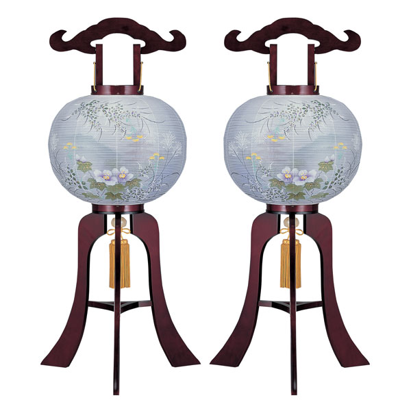お盆には、故人を偲んで盆提灯を飾りましょう。 盆提灯 絹張行灯 ワイン二重絵 向い合せ 新芙蓉に塔10号 木製・風鎮付・電気式 一対入り