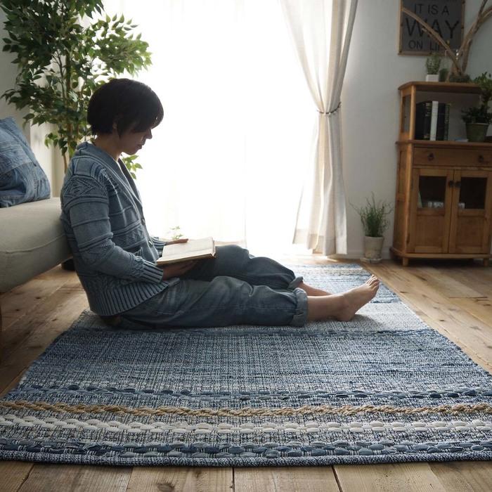 【送料無料】デニム ラグ ラグマット 130×190 ラグカーペット おしゃれ 正方形 2畳 二畳 西海岸 ヴィンテージ モダン ストライプ ブルー 床暖房